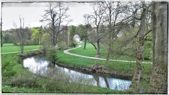 Weimar. Blick über den Ilm-Park Richtung Goethes Gartenhaus.