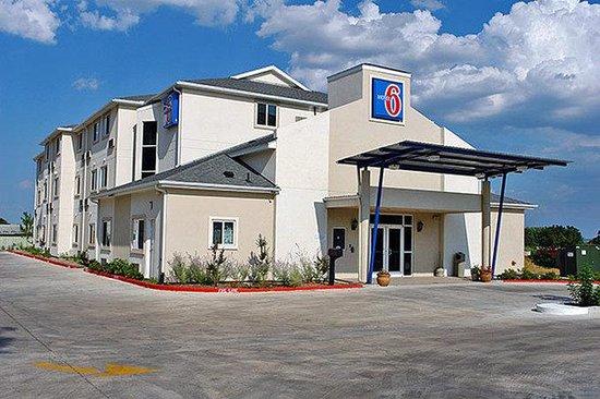 Motel 6 Fredericksburg