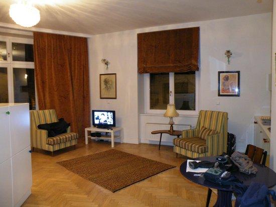 Crystal Suites: Lado derecho habitación