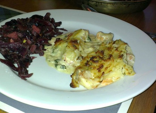 "Colquhonnie Hotel: Supposedly ""fish pie"", left under heating lamp for how long?"
