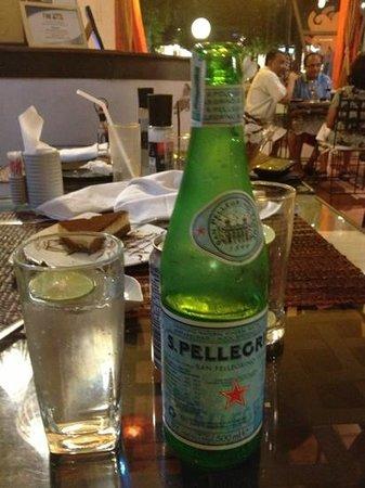 Girasole by La Gondola: sparkling water