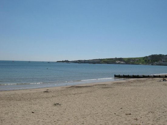 Swanage Bay View: Swanage beach