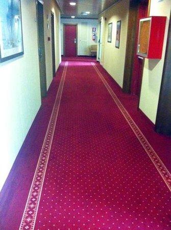 Hotel Al Ponte: corridoio stanze