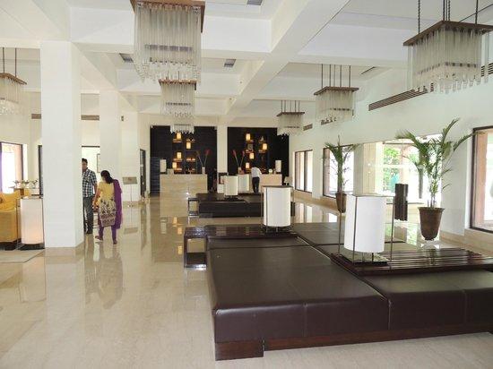 Trident, Agra: Reception