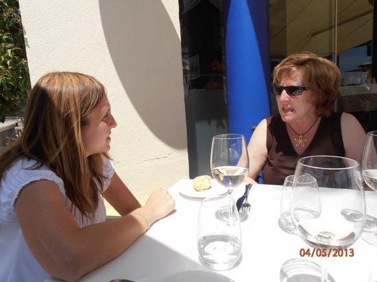 La Concha: mi mujer e hija