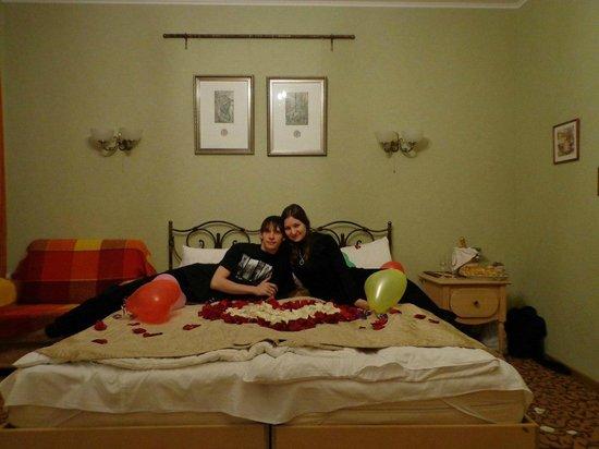 Admiralteyskaya Hotel: а еще сотрудники гостиницы умеют прекрасно поднять настроение на 14 февраля :-)