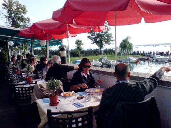 Bar & Restaurant Plage du Reposoir: Terrasse