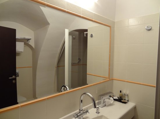 Hotel Grand : バスルーム 2