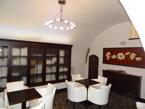 Hotel Grand: ロビー 2