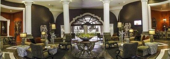 Hotel Vista Real Guatemala: Lobby