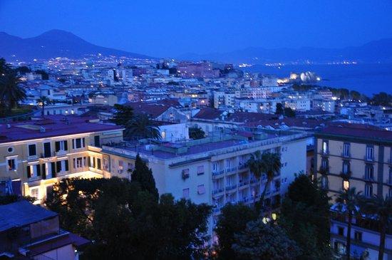 Britannique Hotel: View in the evening