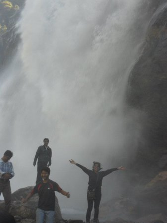 Nuranang Falls: See me getting drenched