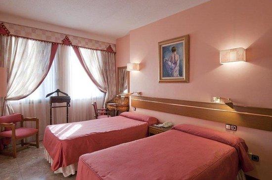hotel suites foxa 32: