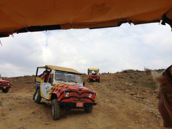 Όραντζσταντ, Αρούμπα: Exciting ride across mountain to Natural Pool