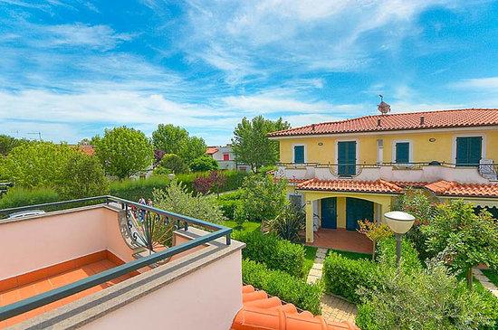 Residence Il Giardini Del Conero Ferienwohnungen: Terrazzo - Terrace