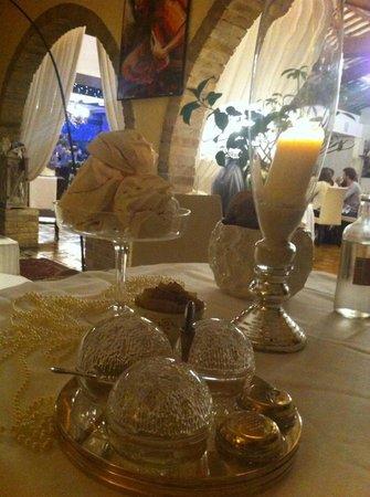 Le decorazioni in tavola - Foto di La Cucina di Crema, Giavera del ...