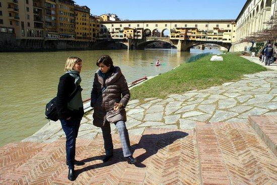 Guided Florence Tours : Una visuale originale della città dalla Società Canottieri Firenze