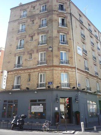 Arty Paris: el hostel desde en frente