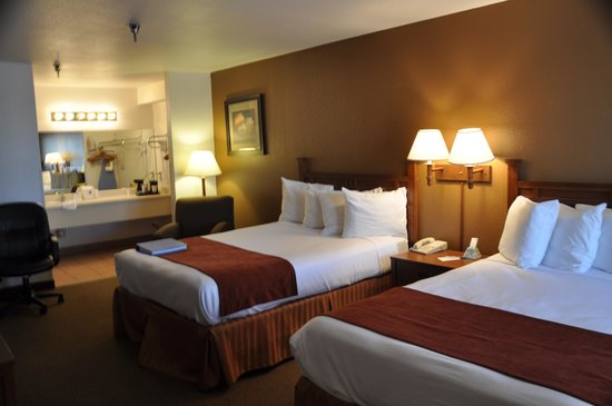 Best Western Discovery Inn: Typical room