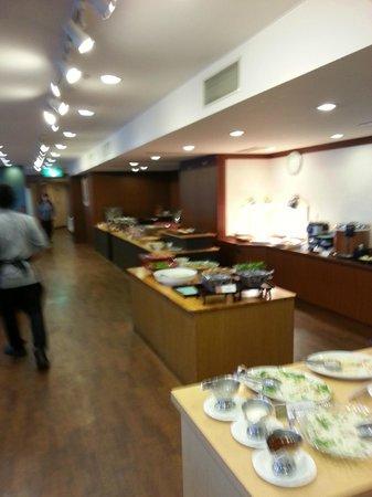 Itoen Hotel Atamikan: 夕食バイキング(本館)