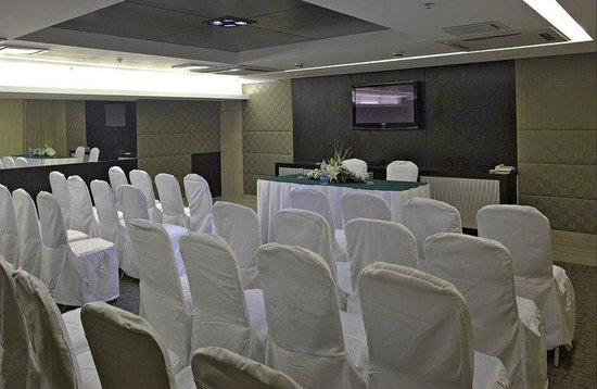 Country Inn & Suites By Carlson, Sector 29: Meeting Room