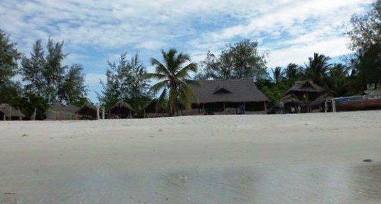 Harbour View Suites: Kingamboni beach