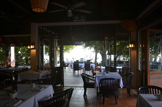 Holiday Inn Resort Phi Phi Island: Breakfast at the restaurant