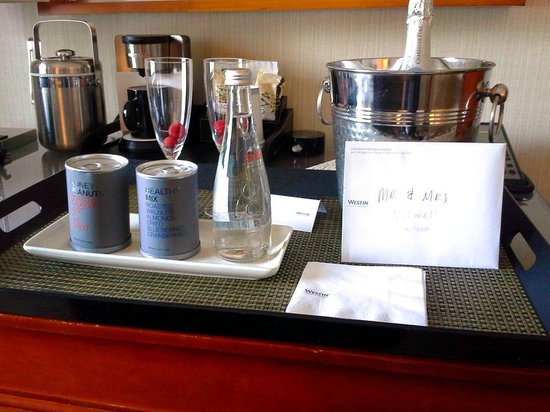 The Westin Michigan Avenue Chicago: comp champagne for wedding day