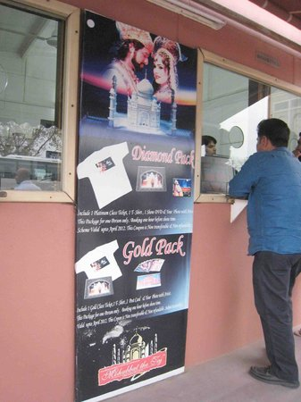 Kalakriti Cultural & Convention Center : The ticket booth outside the theatre