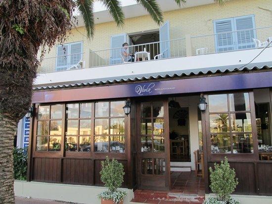 Hotel Viola: Entrada al restaurant
