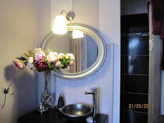 Le Clos du Jas : une chambre décorée avec le meilleur goût