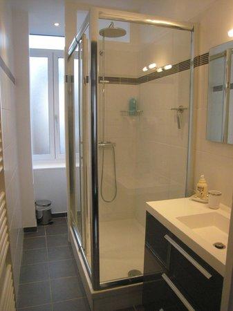 La Maison Flamen : La salle de bain de la suite