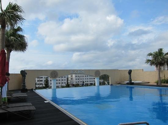 Okinawa Spa Resort EXES: 4月はちょっと冷たかった(*^^*)