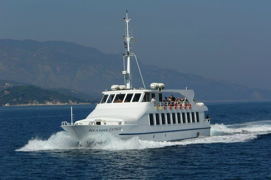 Ferry to Samos-Boat Tours