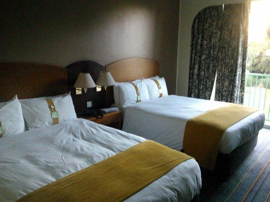 Holiday Inn Bulawayo: Spacious rooms!