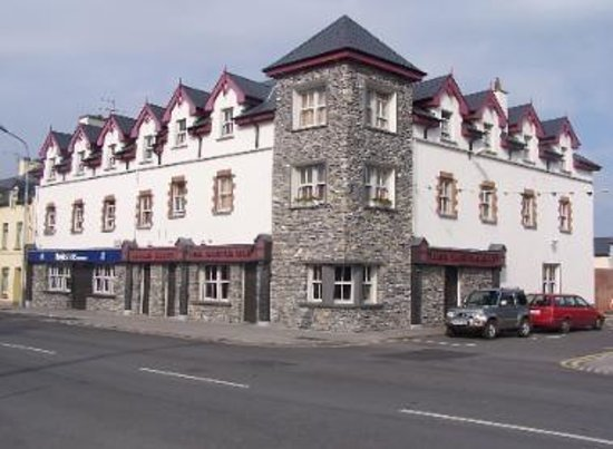 Tralee 39 s best sports bar review of the castle bar tralee ireland tripadvisor Hotels in tralee with swimming pool