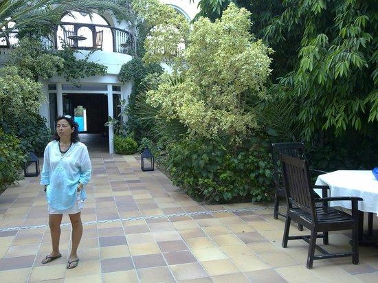 Hotel Dar El Bhar: Patio interior