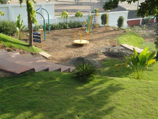 Green Valley Resort: Children play area
