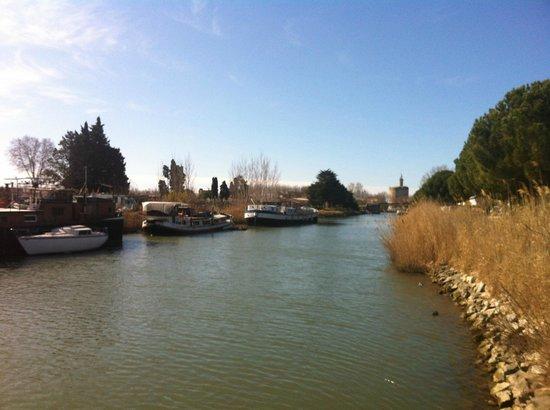 Hotel Canal : le canal et au fond la tour de Constance