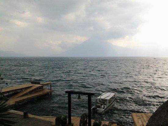 Laguna Lodge Eco-Resort & Nature Reserve: La vista desde el restaurante