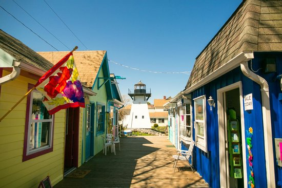 Olcott, NY: shops and lighthouse