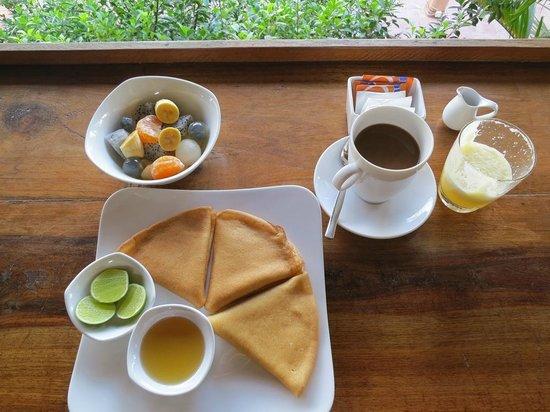 Rikitikitavi: Breakfast