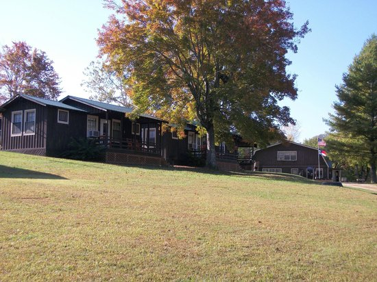 Almond Boat and RV Park : Cabins; main office on right