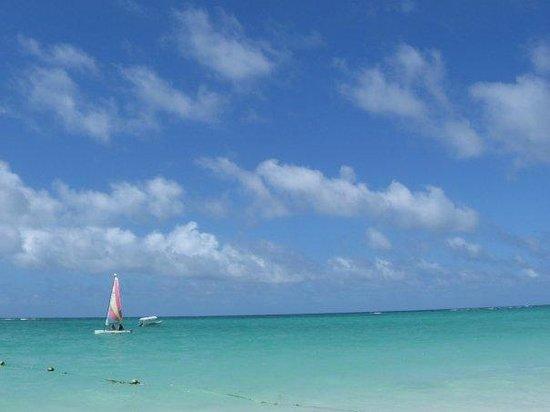 Bavaro Beach: Crystal Clear Blue Ocean