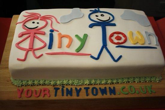 Tiny Town: Yummi Cake