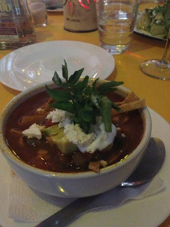 Jorge's Hideaway Shrimp Shack: Best tortilla soup!