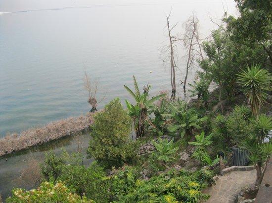 Eco Hotel Uxlabil Atitlan: View