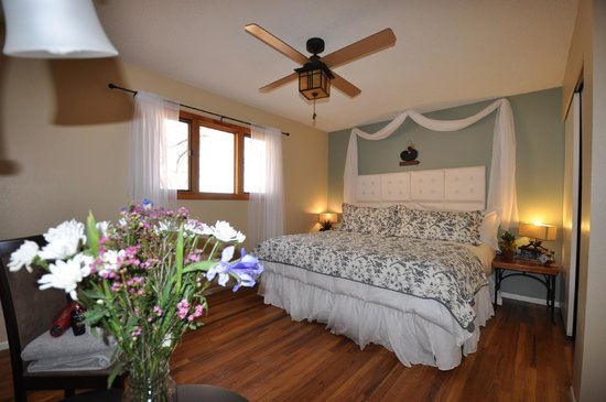 Harmony Farm & Guesthouse: Comfy Beds