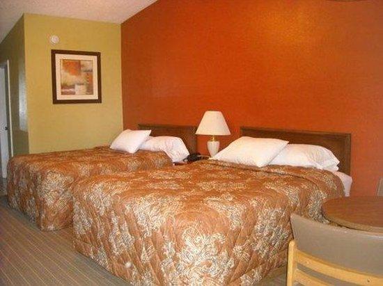 Tropicana Motel: QB