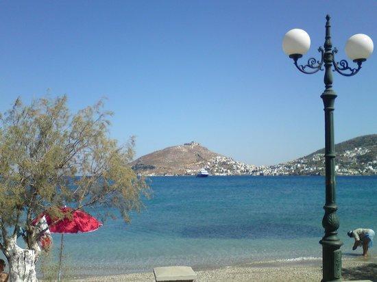 ApartHotel Papafotis: Η παραλία μπροστά στο κατάλυμα